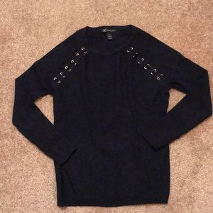 INV International Concepts navy blue sweater